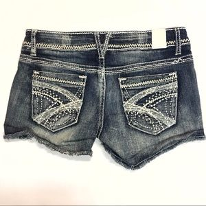 Maurice's Embroidered Jean Shorts Size 1/2